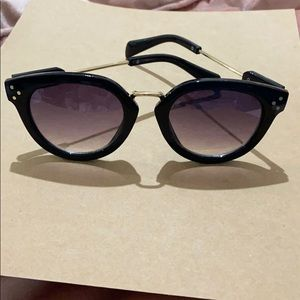 Anne Taylor Loft Sunglasses